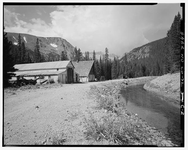 GRAND DITCH AND WORKSHOP, AT DITCH CAMP #3, VIEWING SOUTH - Grand Ditch, Ditch Camp No. 3, Grand Lake, Grand County, CO