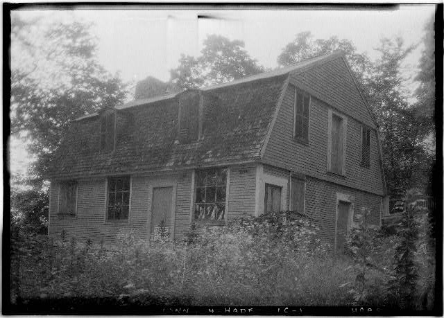 9.  Historic American Buildings Survey (Fed.) Stanley P. Mixon, Photographer July 17, 1940 (F) EXTERIOR GENERAL VIEW OF WAREHOUSE, SOUTH OF HOUSE AND GARDEN FROM SOUTH EAST - General Epaphroditus Champion House, East Haddam, Middlesex County, CT