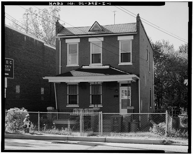 1.  VIEW SOUTHWEST, SHOWING NORTHEAST (FRONT) ELEVATION - Howard Road Historic District, Samuel Smith House, 1027 Howard Road, Washington, District of Columbia, DC