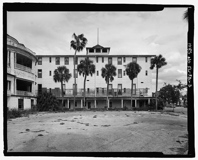 FRONT, REMAINING PORTION OF SOUTH WING:  CAMERA DIRECTION EAST  - Ormond Hotel, 15 East Granada, Ormond Beach, Volusia County, FL