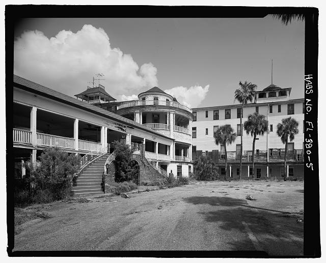 FRONT, STAIRS TO MAIN ENTRANCE, SOUTH TOWER AND SOUTH WING: CAMERA DIRECTION EAST  - Ormond Hotel, 15 East Granada, Ormond Beach, Volusia County, FL