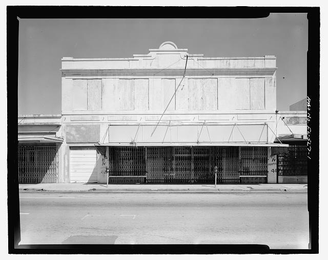 West elevation, view looking east - Atlantic Furniture Company Building, 419 North Miami Avenue, Miami, Miami-Dade County, FL