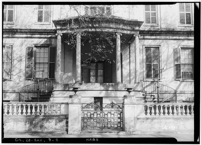 8.  Historic American Buildings Survey Branan Sanders, Photographer March 1934 ENTRANCE - Richardson-Maxwell-Owen-Thomas House, 124 Abercorn Street, Savannah, Chatham County, GA