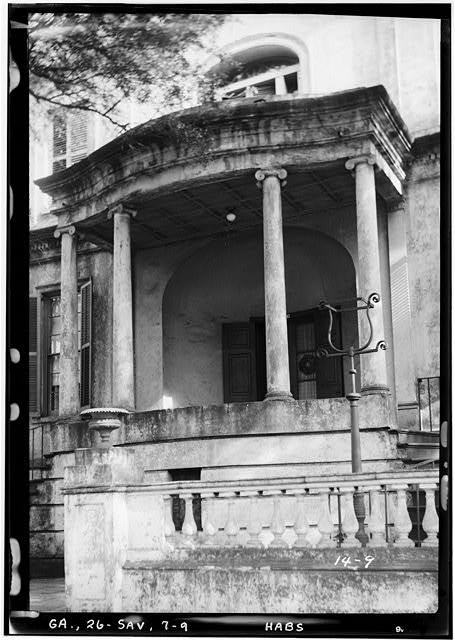 9.  Historical American Buildings Survey L. D. Andrew, Photographer Dec. 30, 1936 FRONT PORTICO - Richardson-Maxwell-Owen-Thomas House, 124 Abercorn Street, Savannah, Chatham County, GA
