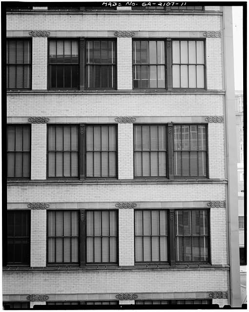 11.  DETAIL, WINDOWS, INTERIOR COURT FACADE - Equitable Building, 25 Pryor Street Northeast, Atlanta, Fulton County, GA