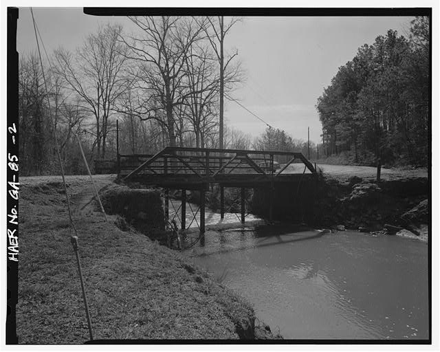 2.  VIEW OF GEORGIA DOT BRIDGE NO. 151/00144/X/00055S FROM THE SOUTHEAST - Georgia DOT Bridge No. 151-00144-x-00055S, Spanning Little Cotton Indian Creek at Springdale Road (County Road 144), Stockbridge, Henry County, GA