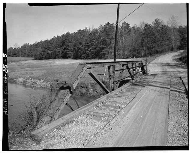 5.  DETAIL OF TRUSS OF GEORGIA DOT BRIDGE NO. 151/00144/X/00055S, LOOKING NORTH - Georgia DOT Bridge No. 151-00144-x-00055S, Spanning Little Cotton Indian Creek at Springdale Road (County Road 144), Stockbridge, Henry County, GA
