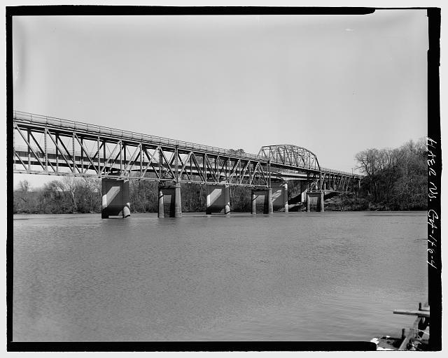 4.  SOUTH ELEVATION FACING NORTHEAST - Sand Bar Ferry Bridge, Spanning Savannah River  on State Highway 28, Augusta, Richmond County, GA