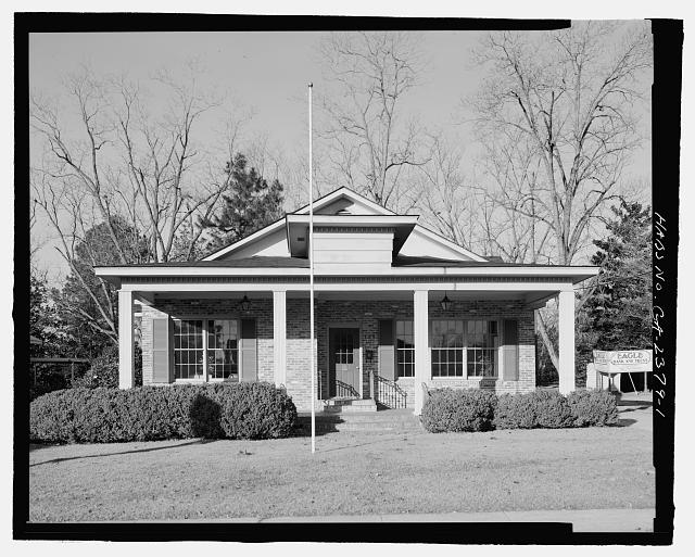 FRONT VIEW FACING EAST - H. Pat Brannen House, 335 South Main Street, Statesboro, Bulloch County, GA