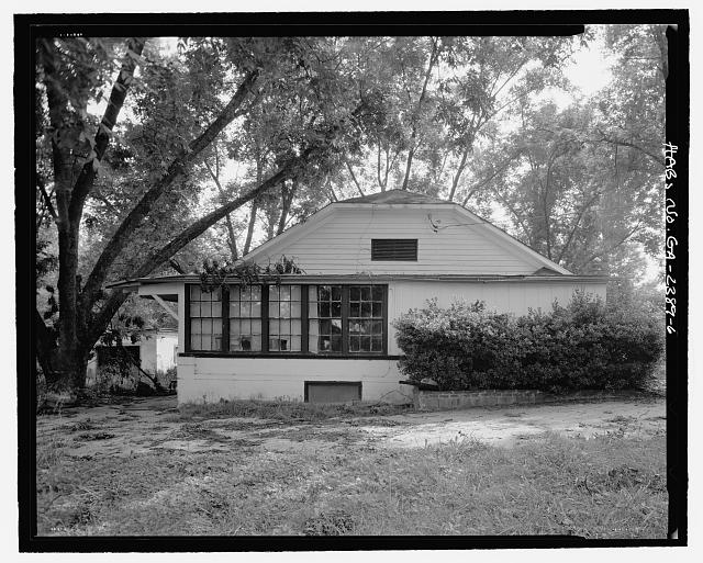 Side elevation, east facing - J.W. Mann House, 1918 Dresden Drive, Chamblee, Decatur County, GA