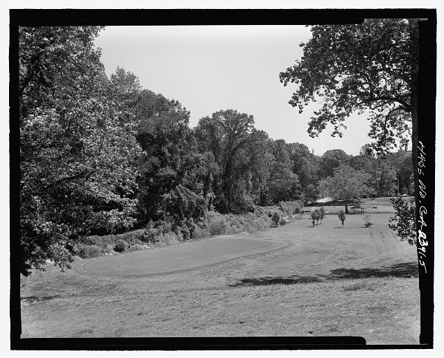 FACING NORTHEAST OF NORTHERN BOUNDARY OF PARK - Candler Park Historic District, Roughly bounded by Moreland, Dekalb, McLendon & Harold Avenues, Matthews Street  & Clifton Terrace, Atlanta, Fulton County, GA