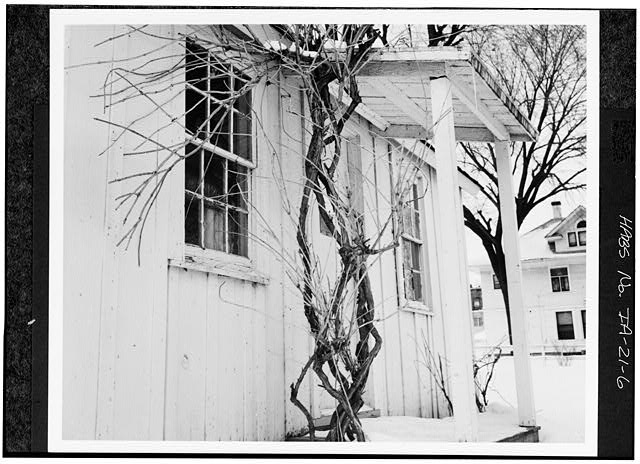 6.  DETAIL, EAST FRONT, PORCH - Herbert Hoover Birthplace House, Southwest corner of Penn & Downey Streets (moved), West Branch, Cedar County, IA