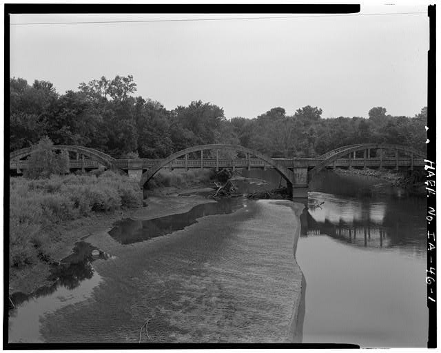 1.  ELEVATION FROM EAST - Lake City Bridge, Spanning North Raccoon River, Lake City, Calhoun County, IA