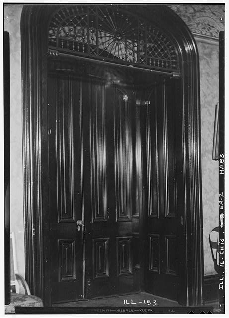 2.  Historic American Buildings Survey Robert R. Tufts July 1935 INTERIOR DOOR DETAIL - Aldine Square, Smith House, Chicago, Cook County, IL