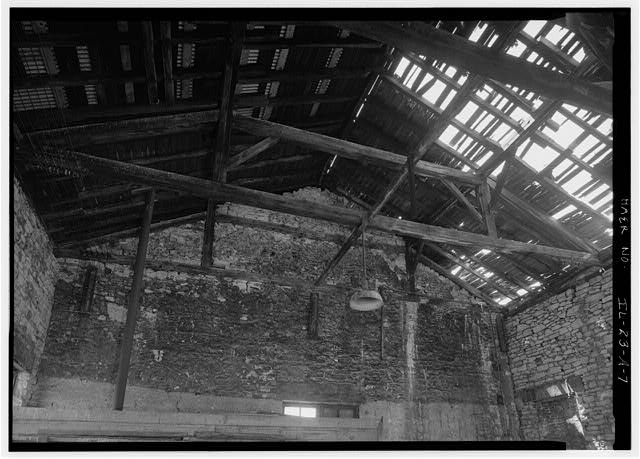 7.  INTERIOR DETAIL OF QUEEN-POST ROOF TRUSS, LOOKING SOUTH - Illinois Central Railroad, Freight Depot No. 1, North of First Street, east of Union Street, La Salle, La Salle County, IL