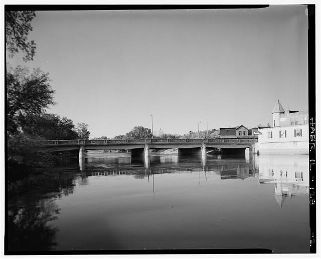 2.  VIEW LOOKING SOUTH - Main Street Bridge, Spanning Fox River at State Route 72, West Dundee, Kane County, IL