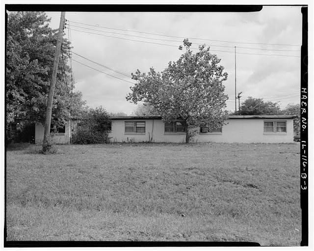 3.  ADMINISTRATION BUILDING, REAR SIDE, LOOKING EAST. - NIKE Missile Base C-84, Administration Building, North of Launch Area Entrance Drive, Barrington, Cook County, IL