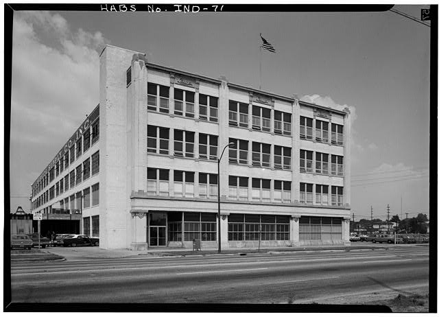 August, 1970 GENERAL VIEW FROM SOUTHWEST - Cole Motor Car Company Factory, 730 East Washington Street, Indianapolis, Marion County, IN