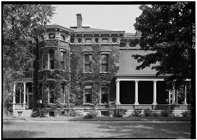 August 1970 SOUTH ELEVATION (SIDE) - Benjamin Harrison House, 1230 North Delaware Street, Indianapolis, Marion County, IN