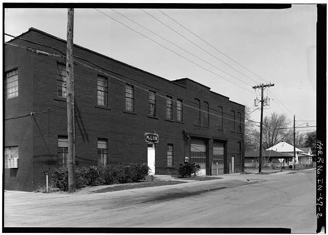 2.  GENERAL VIEW OF EAST FRONT FROM SOUTHEAST - Anderson Carriage Manufacturing Company, Twenty-fifth & Walton Streets, Anderson, Madison County, IN