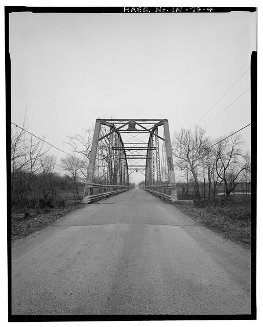 4.  VIEW ACROSS TRAFFIC LEVEL LOOKING WEST - Kidner Bridge, Spanning Mississinewa River at County Road 700 South, Upland, Grant County, IN