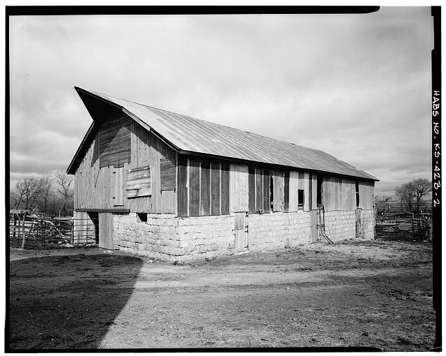 2.  SOUTH FRONT AND EAST SIDE - Kandt-Domann Farmstead, Barn, State Route 3, Hope, Dickinson County, KS