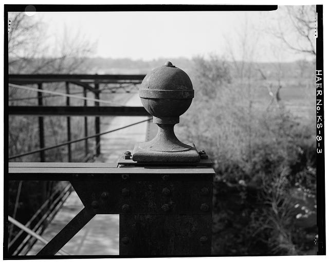 3.  N.W. PORTAL FINIAL (LOOKING SOUTH) - Onion Creek Bridge, Spanning Onion Creek .1 mile South of U.S. 166, Coffeyville, Montgomery County, KS