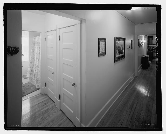 6.  General view of the hallway in Building #438C. - Fort Riley, Carpenter Court Apartments, Building No. 438, 438 Carpenter Place, Riley, Riley County, KS