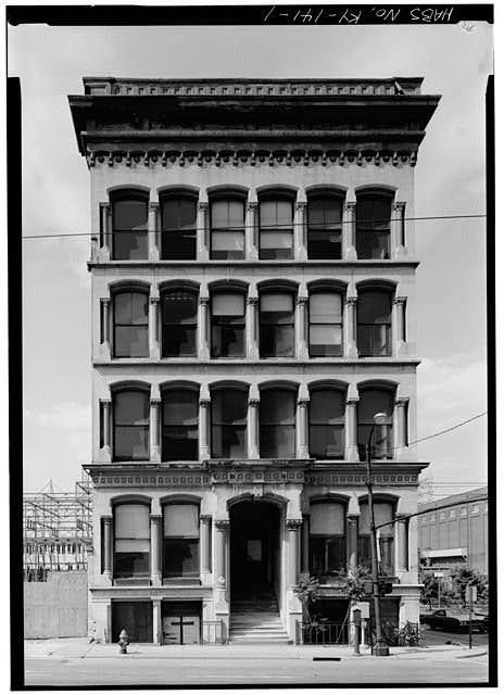 1.  GENERAL VIEW OF STRUCTURE - Lithgow Building, 301 West Main Street, Louisville, Jefferson County, KY