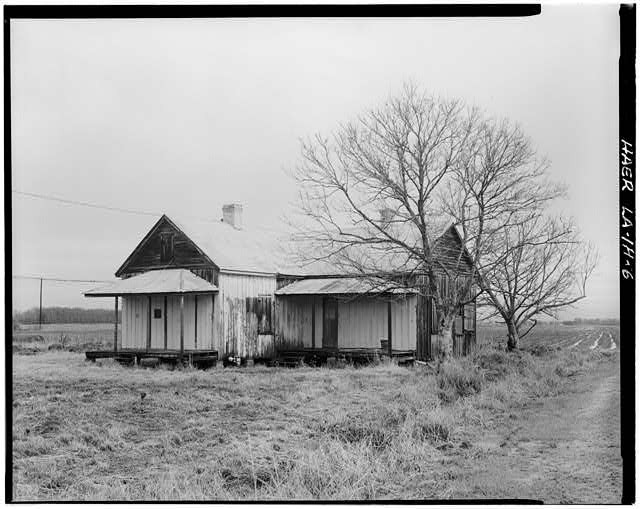 6.  View of worker's house that is a variation of the Double Creole. - Laurel Valley Sugar Plantation, Double Creole Quarters, 2 Miles South of Thibodaux on State Route 308, Thibodaux, Lafourche Parish, LA
