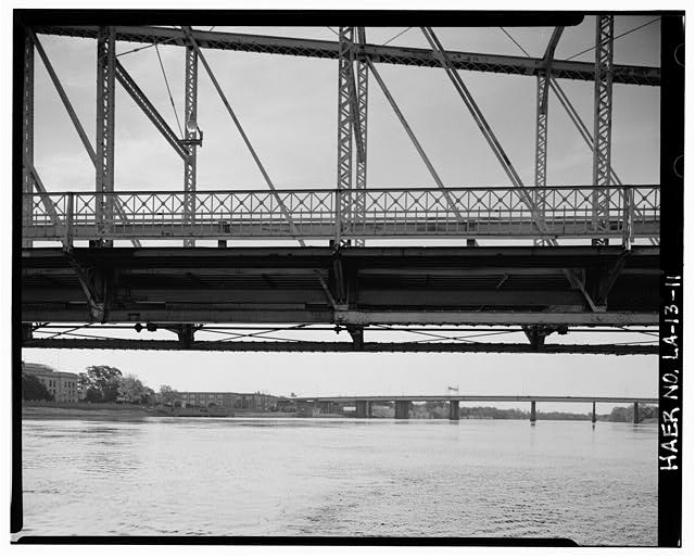 10.  SWING SPAN SOUTHWESTERN APPROACH, LOOKING NORTHEAST. - DeSiard Street Bridge, Spanning Ouachita River, Monroe, Ouachita Parish, LA