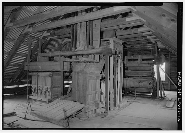 VIEW NORTHEAST, 2ND FLOOR, HYDRAULIC COTTON PRESS, CARBURETOR, COTTON GIN - Magnolia Plantation, Cotton Gins & Presses, LA Route 119, Natchitoches, Natchitoches Parish, LA