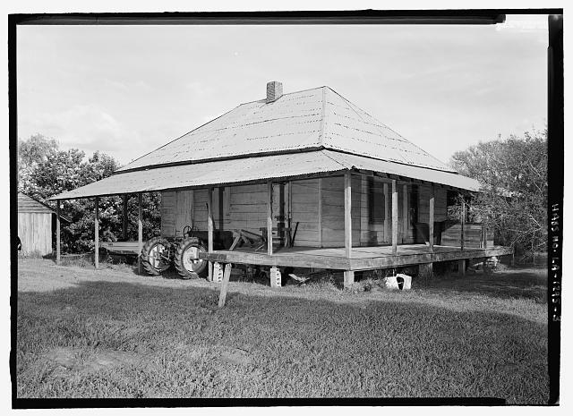 3.  General view looking from the west - Coincoin-Prudhomme House, On dirt road off of Highway 494, about 1 mile Northwest of Bermuda, Natchez, Natchitoches Parish, LA