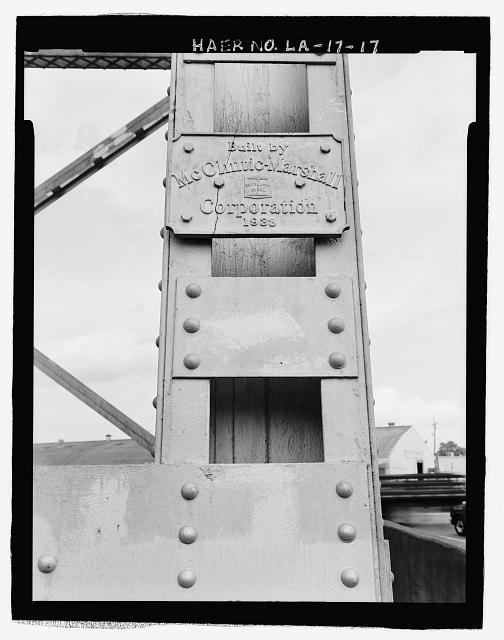 "BRIDGE PLAQUE LOCATED ON EAST BANK ELEVATED RAILROAD VIADUCT TOWER INSCRIBED,""BUILT BY McCLINTIC-MARSHALL CORPORATION 1935"", LOOKING NORTHEAST. - Huey P. Long Bridge, Spanning Mississippi River approximately midway between nine & twelve mile points upstream from & west of New Orleans, Jefferson, Jefferson Parish, LA"