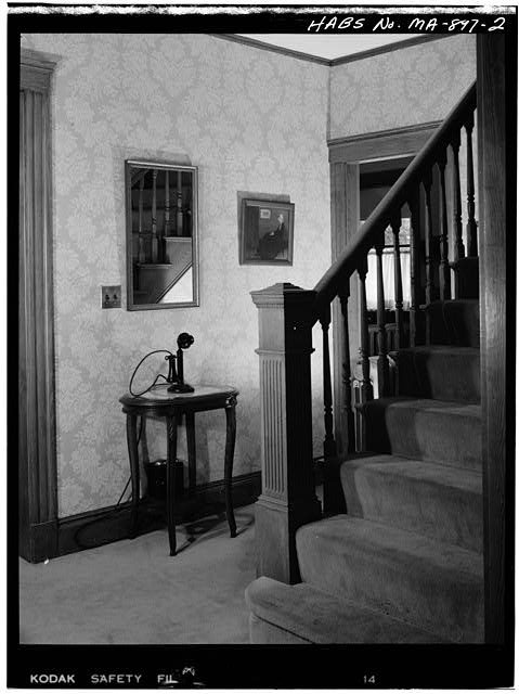 2.  FIRST FLOOR, HALLWAY, VIEW LOOKING EAST - John Fitzgerald Kennedy Birthplace, 83 Beals Street, Brookline, Norfolk County, MA