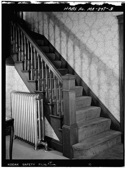 3.  FIRST FLOOR, HALLWAY, VIEW OF STAIRCASE - John Fitzgerald Kennedy Birthplace, 83 Beals Street, Brookline, Norfolk County, MA
