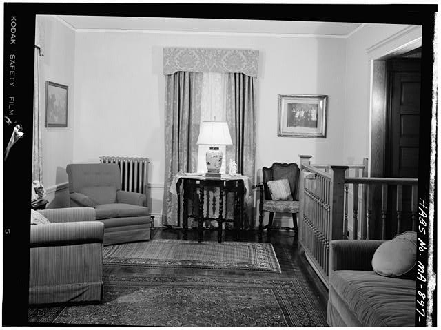7.  FIRST FLOOR, LIVING ROOM, VIEW OF NORTHWEST WALL - John Fitzgerald Kennedy Birthplace, 83 Beals Street, Brookline, Norfolk County, MA
