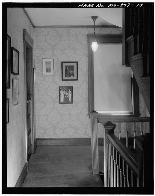 14.  SECOND FLOOR, HALLWAY, VIEW LOOKING SOUTH EAST - John Fitzgerald Kennedy Birthplace, 83 Beals Street, Brookline, Norfolk County, MA
