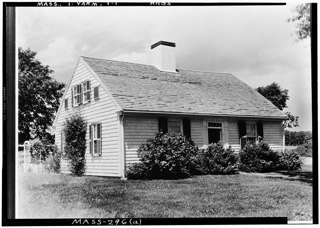 1.  Historic American Buildings Survey Arthur C. Haskell, Photographer June 24, 1935 (a) EXT.- FRONT & SIDE - Elizabeth Kelly House, Main Street, Yarmouth, Barnstable County, MA