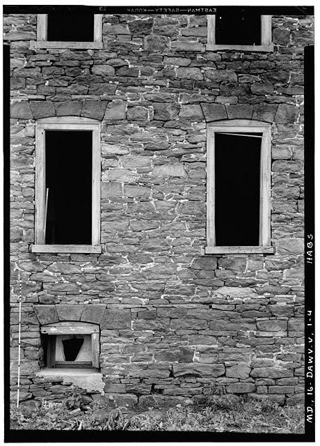 4.  Historic American Buildings Survey John O. Brostrup, Photographer September 3, 1936 3:20 P. M. DETAIL OF STONEWORK AND WINDOWS. NORTH SIDE. - Dawson House, 15200 Sugarland Road, Dawsonville, Montgomery County, MD