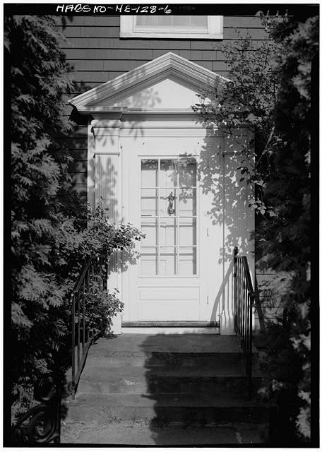 6.  DETAIL, NORTH REAR, ENTRANCEWAY - William Pepperrell House, State Route 103, Kittery Point, York County, ME