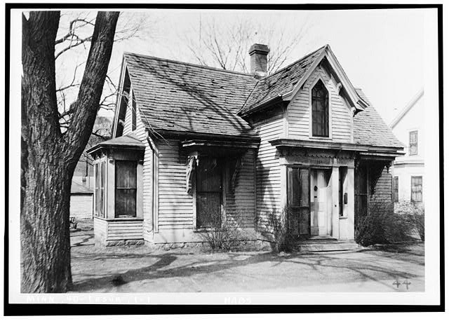 1.  Historic American Buildings Survey H. F. Maine, Photographer March, 1934. VIEW LOOKING NORTH WEST - Mayo House, Le Sueur, Le Sueur County, MN
