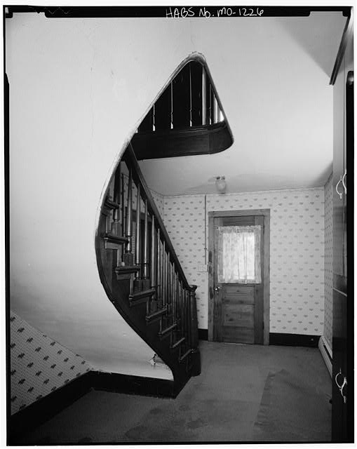 7.  Historic American Buildings Survey David J. Kaminsky, Photographer August 1978 INTERIOR FIRST FLOOR LOOKING NORTH IN STAIR HALL - Sophia Rollins House, Farm Route F vicinity, Smithville, Clay County, MO