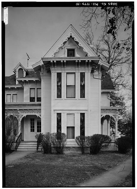 SOUTHERN SECTION OF WEST ELEVATION FROM CENTER OF WEST LAWN - Harry S. Truman House, 219 North Delaware Street, Independence, Jackson County, MO