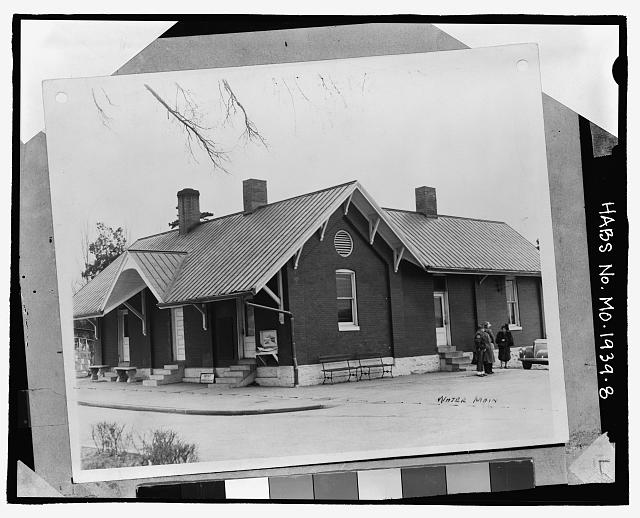 - Administration Building-Lodge, 3006 Circle Drive, Green Park, St. Louis County, MO