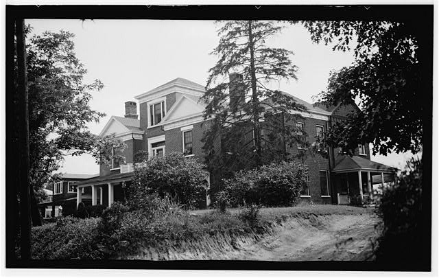 1.  Historic American Buildings Survey, Archie A. Biggs, Photographer June 24, 1937 GENERAL VIEW OF FRONT AND SIDE. - Raven Cross Inn, 29 Ravenscroft Drive, Asheville, Buncombe County, NC