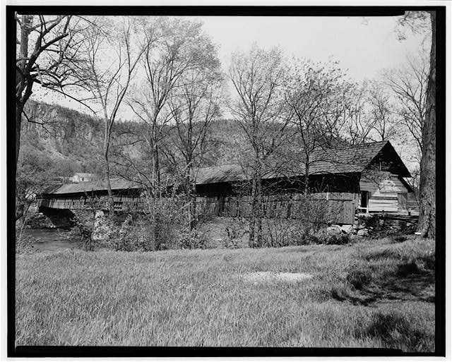 1.  Historical American Buildings Survey L. C. Durette, Photographer MAY 14, 1936 NORTH WEST VIEW FROM THE ORFORD SHORE - Covered Bridge, Spanning Connecticut River, Orford, Grafton County, NH