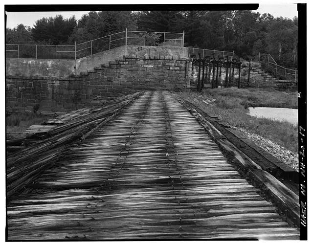 17.  View west, west end of spillway, west abutment, head gates - Sewall's Falls Hydroelectric Facility, East end of Second Street spanning Merrimack River, Concord, Merrimack County, NH
