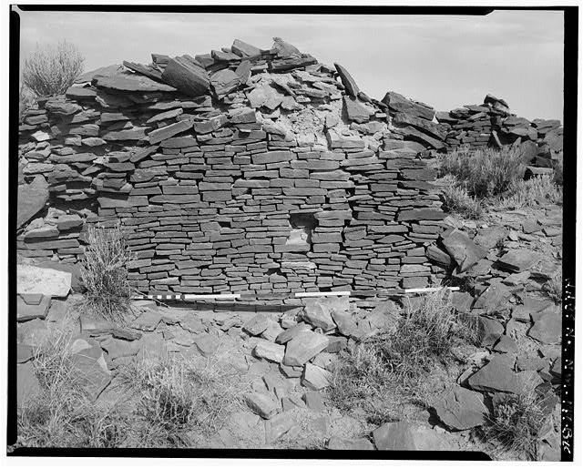 10.  South wall, east elevation, view towards north - Indian Creek, Casa Cielo, Indian Creek, Crownpoint, McKinley County, NM
