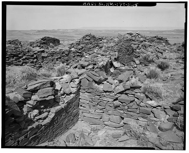15.  Interior layout, Kiva at left, view towards northwest - Indian Creek, Casa Cielo, Indian Creek, Crownpoint, McKinley County, NM